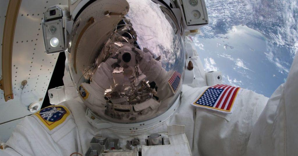 flipscience, flipfact, flipfacts, astronauts