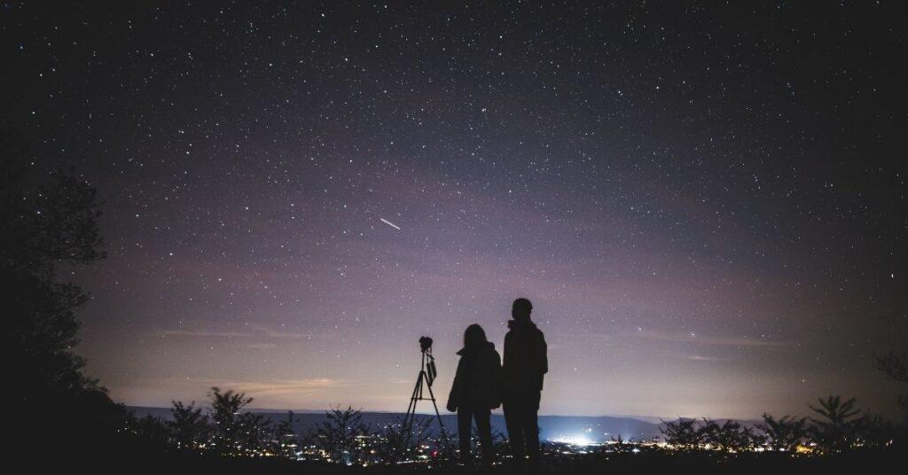 flipfact, flipfacts, flipscience, space, stars, light