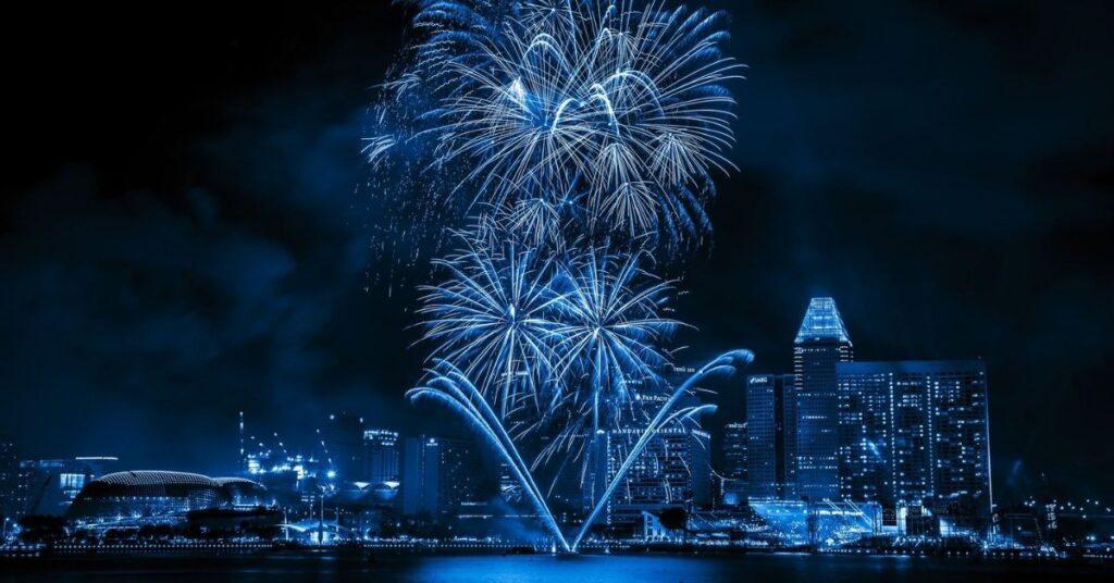 flipfact, flipfacts, flipscience, blue, fireworks